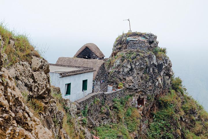Дом в горах Санту-Антана